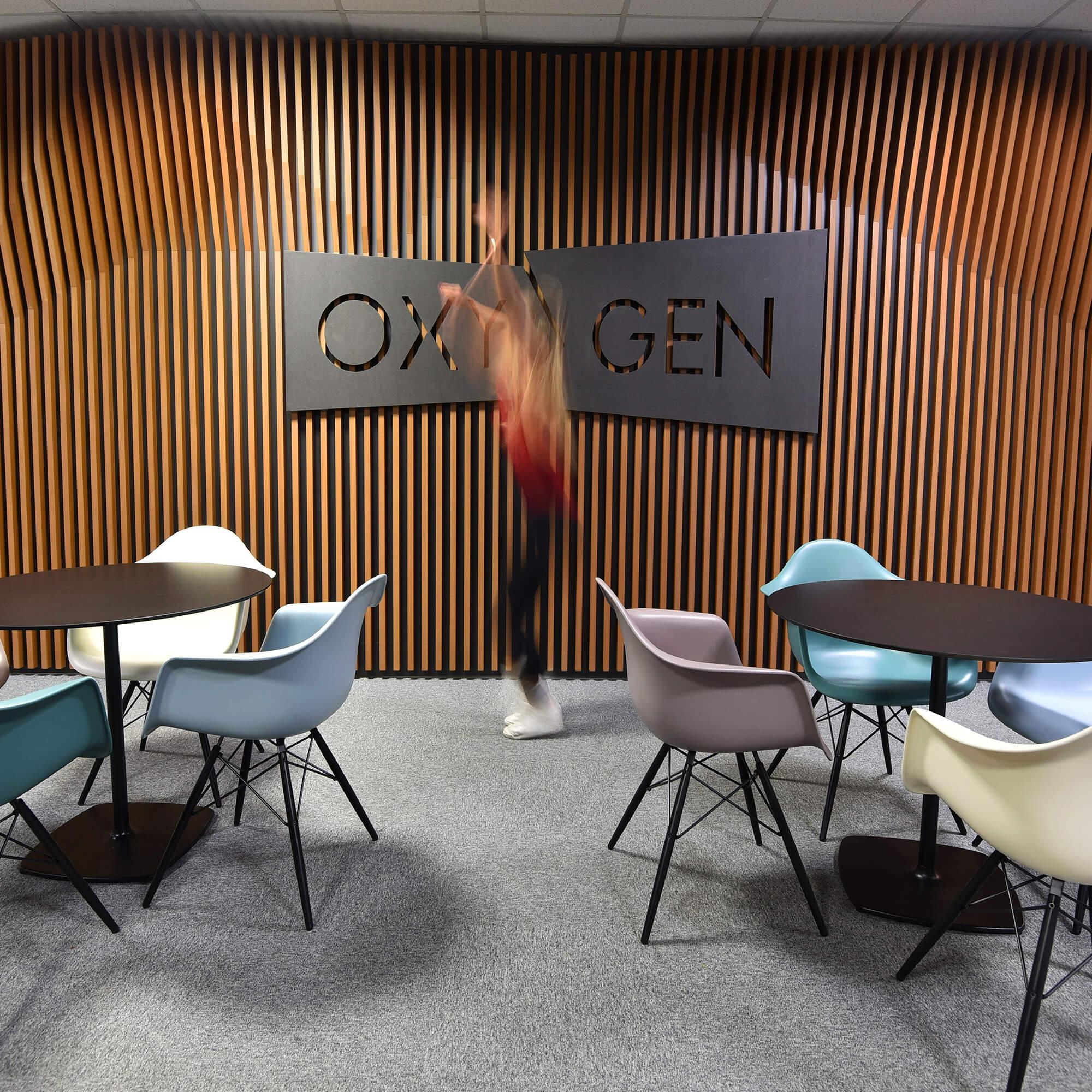 Karnet, architekti Oxygen